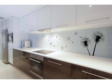 Barevná stěna - funkční a krásný obklad stěny (nejen) do kuchyní